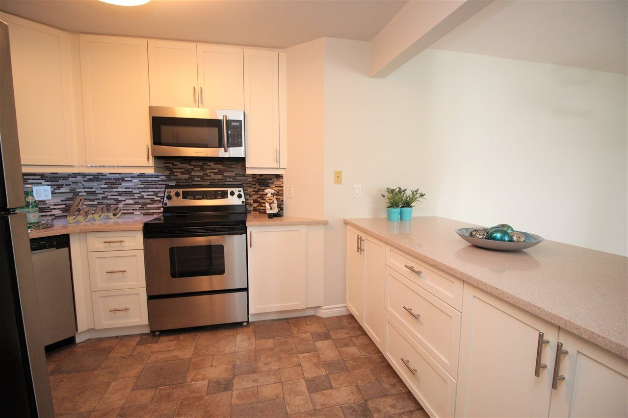 """Photo 14: Photos: 118 1150 QUAYSIDE Drive in New Westminster: Quay Condo for sale in """"WESTPORT"""" : MLS®# R2559746"""