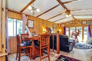"""Photo 7: 33 2305 200 Street in Langley: Brookswood Langley Manufactured Home for sale in """"Cedar Lane Park"""" : MLS®# R2465102"""