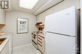 Photo 12: 45 HOLLAND AVENUE UNIT#407 in Ottawa: House for sale : MLS®# 1265346