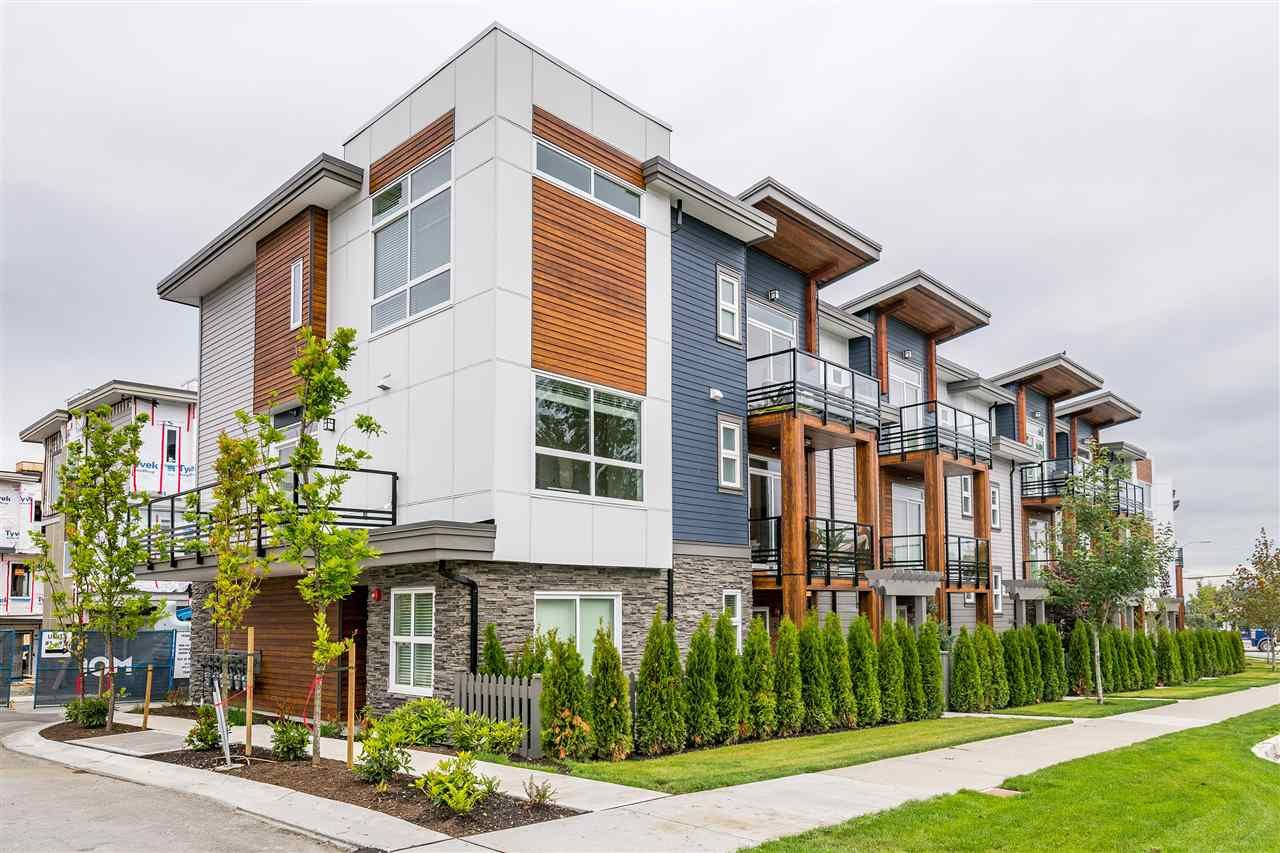 """Main Photo: 34 7947 209 Street in Langley: Willoughby Heights Townhouse for sale in """"Luxia"""" : MLS®# R2384576"""