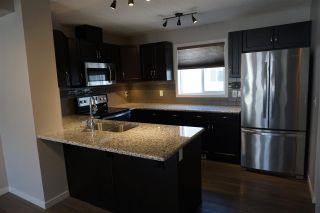 Photo 2: 56 1816 Rutherford Road in Edmonton: Zone 55 Townhouse for sale : MLS®# E4240923