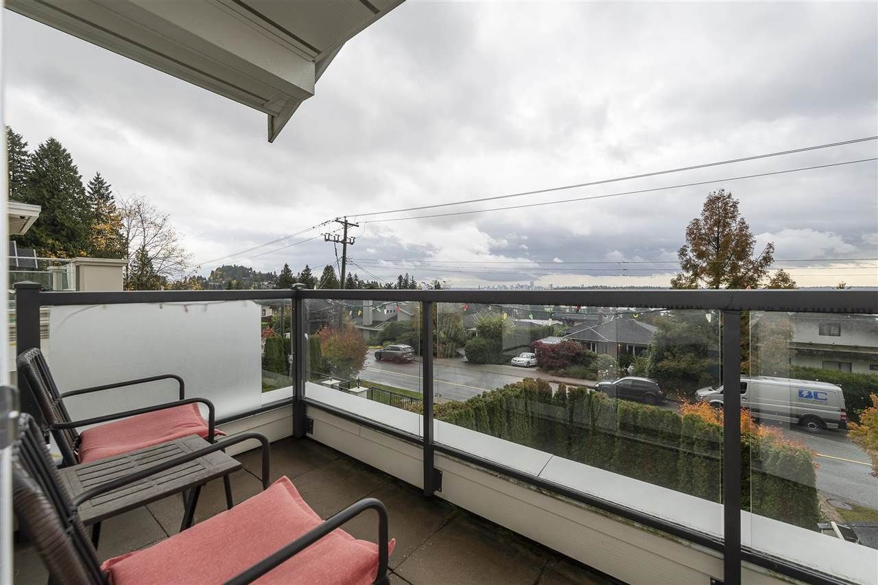 Photo 18: Photos: 1471 MATHERS AVENUE in West Vancouver: Ambleside House for sale : MLS®# R2413830
