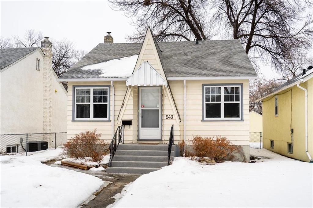 Main Photo: 649 Greenwood Place in Winnipeg: West End Residential for sale (5C)  : MLS®# 202006694