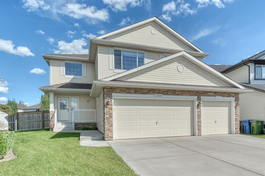 Main Photo: 104 SPRINGMERE Key: Chestermere Detached for sale : MLS®# A1016128