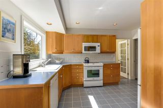 """Photo 11: 4852 QUEENSLAND Road in Vancouver: University VW House for sale in """"Little Australia"""" (Vancouver West)  : MLS®# R2256757"""