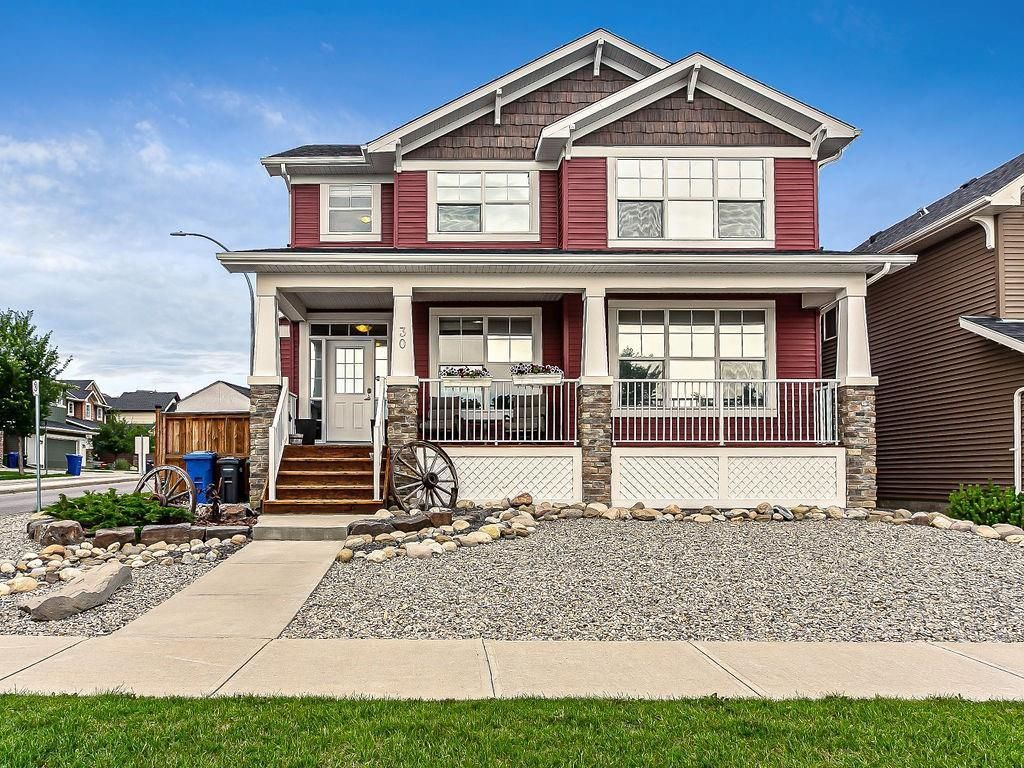 Main Photo: 30 Westfall Drive: Okotoks Detached for sale : MLS®# C4257686