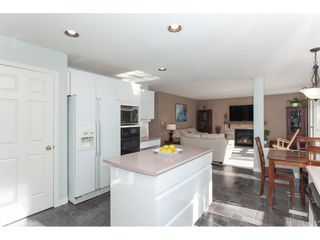 "Photo 10: 10635 CHESTNUT Place in Surrey: Fraser Heights House for sale in ""Glenwood"" (North Surrey)  : MLS®# R2338110"