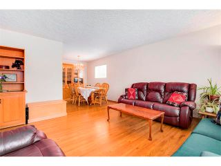Photo 3: 112 FRANKLIN Drive SE in Calgary: Fairview House for sale : MLS®# C4020861