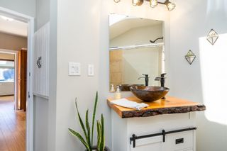 Photo 20: 15591 VICTORIA Avenue: House for sale in White Rock: MLS®# R2604648