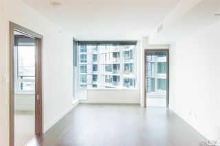 "Photo 9: 1028 68 SMITHE Street in Vancouver: Yaletown Condo for sale in ""ONE PACIFIC"" (Vancouver West)  : MLS®# R2137913"