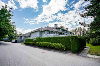 """Photo 2: 3 13630 84 Avenue in Surrey: Bear Creek Green Timbers Townhouse for sale in """"TRAILS AT BEAR CREEK"""" : MLS®# R2591753"""