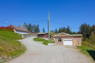 Photo 35: 5895 Old East Rd in : SE Cordova Bay House for sale (Saanich East)  : MLS®# 872081