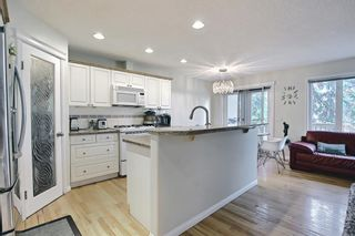 Photo 15: 1650 Westmount Boulevard NW in Calgary: Hillhurst Semi Detached for sale : MLS®# A1136504