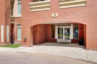 Photo 3: 414 2 Hemlock Crescent SW in Calgary: Spruce Cliff Apartment for sale : MLS®# A1122247