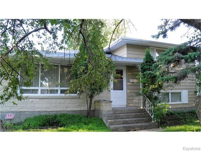 FEATURED LISTING: 130 Wordsworth Way Winnipeg