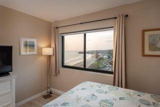 Photo 18: PACIFIC BEACH Condo for sale : 2 bedrooms : 4767 Ocean Blvd #1012 in San Diego