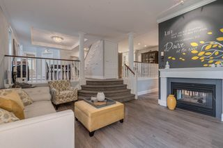 """Photo 2: 44 3405 PLATEAU Boulevard in Coquitlam: Westwood Plateau Townhouse for sale in """"Pinnacle Ridge"""" : MLS®# R2374216"""