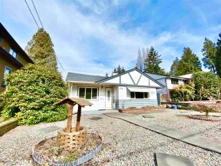 Photo 2: 506 W 23RD Street in North Vancouver: Central Lonsdale House for sale : MLS®# R2590682