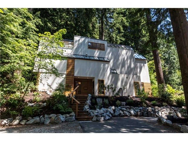 "Photo 16: Photos: 1810 RIVERSIDE Drive in North Vancouver: Seymour House for sale in ""RIVERSIDE"" : MLS®# V1130790"