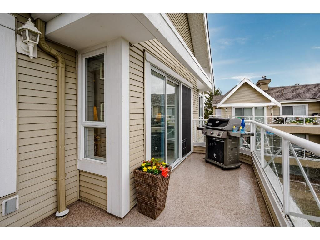 """Photo 30: Photos: 312 5568 201A Street in Langley: Langley City Condo for sale in """"Michaud Gardens"""" : MLS®# R2563265"""