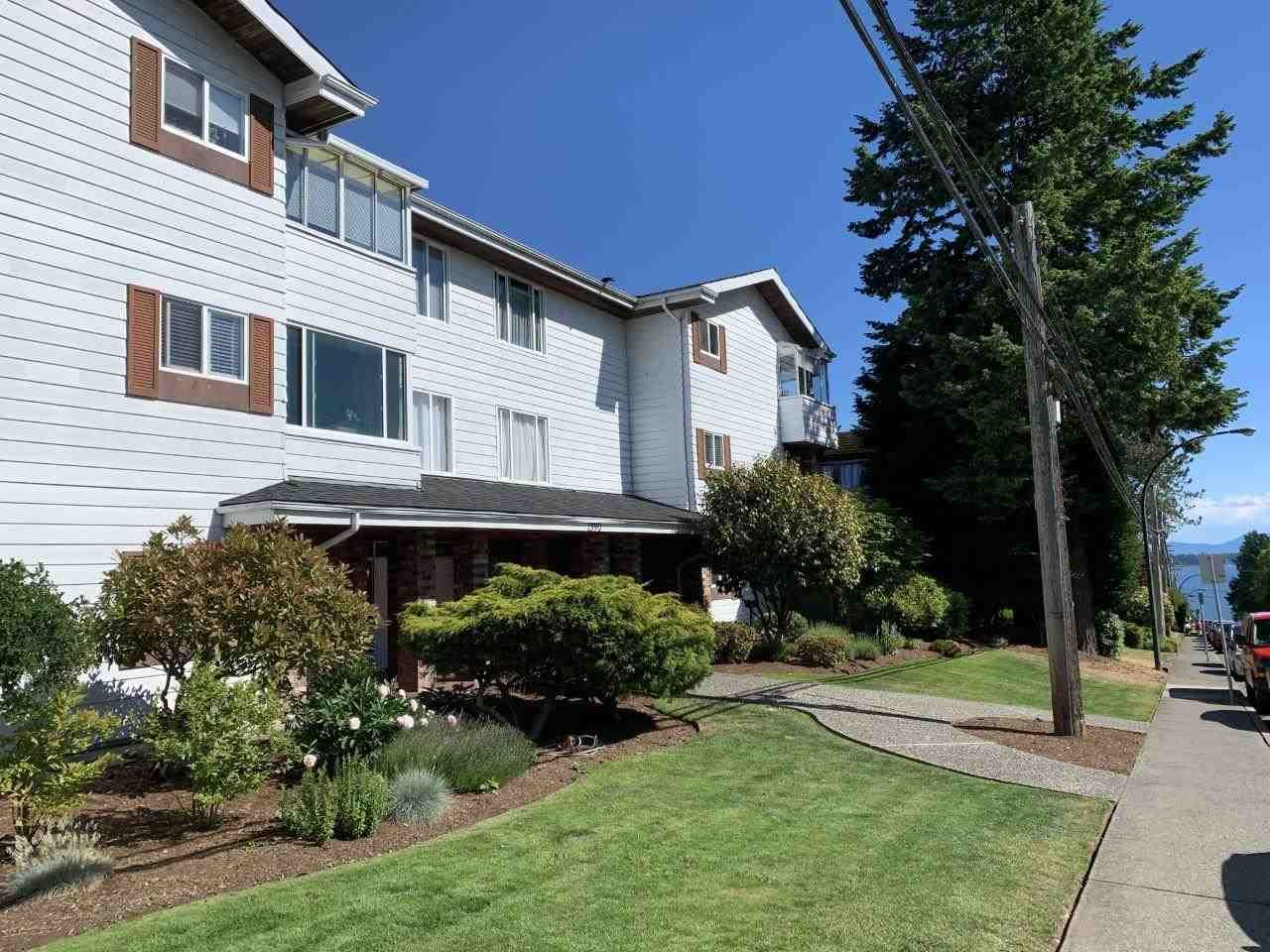 """Main Photo: 302 1390 MARTIN Street: White Rock Condo for sale in """"Kent Heritage"""" (South Surrey White Rock)  : MLS®# R2590811"""