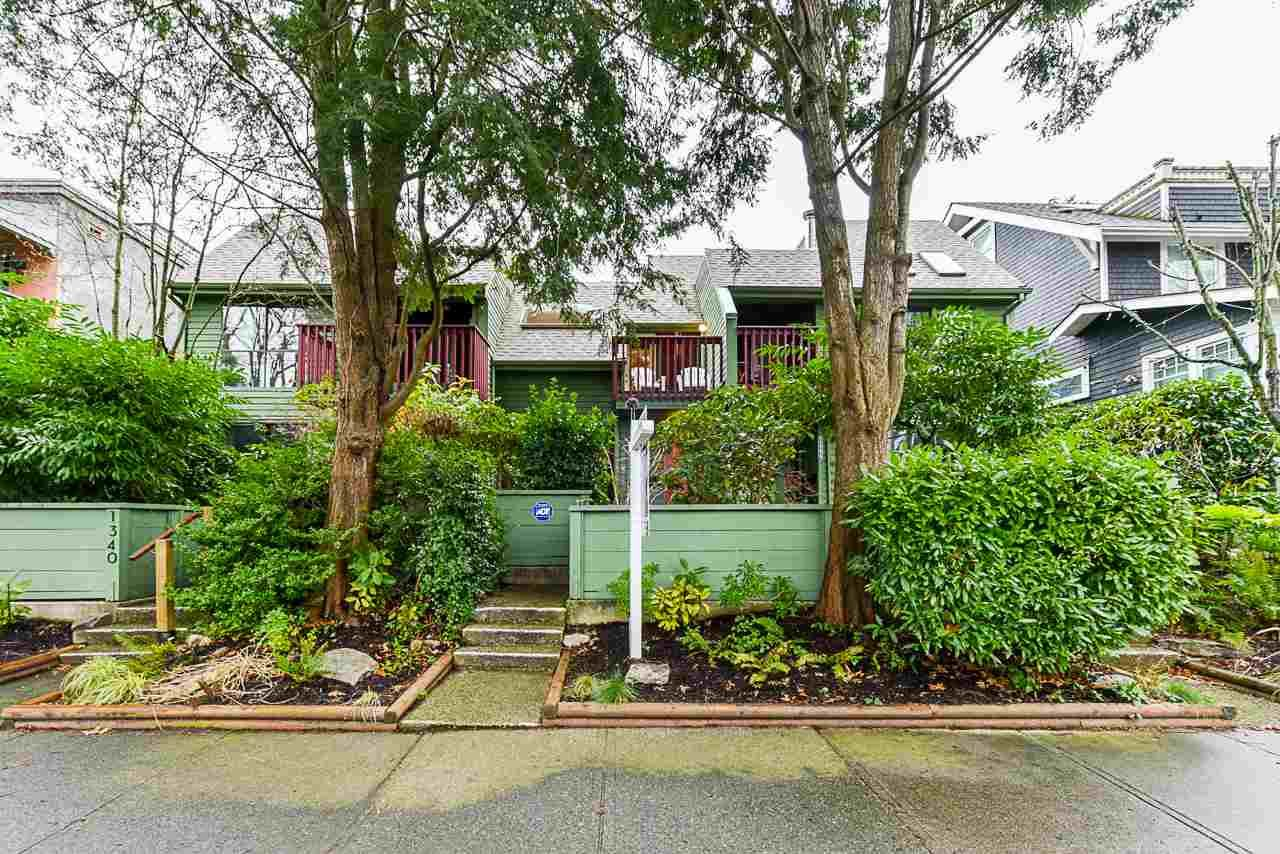 Main Photo: 1342 WALNUT Street in Vancouver: Kitsilano Townhouse for sale (Vancouver West)  : MLS®# R2533520