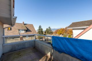 """Photo 17: 2081 E 4TH Avenue in Vancouver: Grandview Woodland 1/2 Duplex for sale in """"COMMERCIAL DRIVE"""" (Vancouver East)  : MLS®# R2352705"""