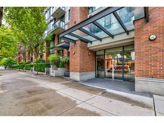 "Photo 3: 1905 1082 SEYMOUR Street in Vancouver: Downtown VW Condo for sale in ""FRESSIA"" (Vancouver West)  : MLS®# R2462933"