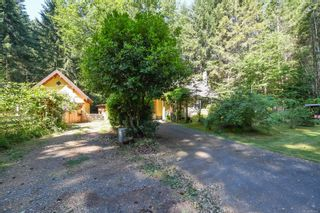 Photo 2: 410 Ships Point Rd in : CV Union Bay/Fanny Bay House for sale (Comox Valley)  : MLS®# 882670