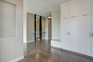 Photo 3: 4908 22 ST SW in Calgary: Altadore Detached for sale : MLS®# C4294474