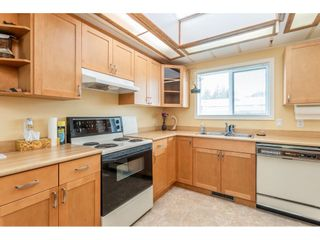 "Photo 9: 53 2315 198 Street in Langley: Brookswood Langley Manufactured Home for sale in ""Deer Creek Estates"" : MLS®# R2393339"