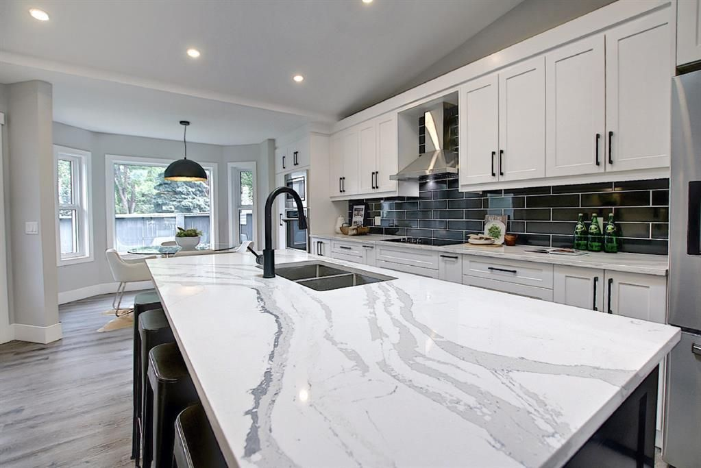 Photo 11: Photos: 12 Scenic Glen Gate NW in Calgary: Scenic Acres Detached for sale : MLS®# A1131120