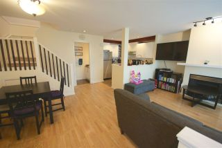 """Photo 4: 7430 MAGNOLIA Terrace in Burnaby: Highgate Townhouse for sale in """"CAMARILLO"""" (Burnaby South)  : MLS®# R2080942"""