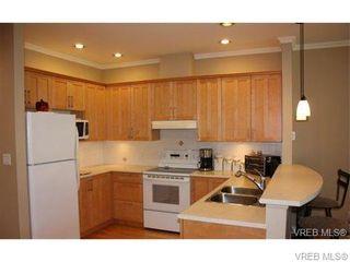 Photo 11: 74 850 Parklands Dr in VICTORIA: Es Gorge Vale Row/Townhouse for sale (Esquimalt)  : MLS®# 692887