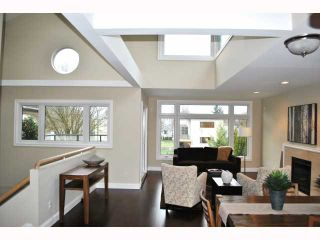 """Photo 2: 932 W 19TH Avenue in Vancouver: Cambie House for sale in """"DOUGLAS PARK"""" (Vancouver West)  : MLS®# V815028"""