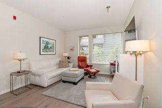 Photo 3: 108 139 W 22ND STREET in North Vancouver: Central Lonsdale Condo for sale : MLS®# R2402115