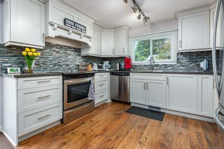 Photo 7: 2173 E 5th St in Courtenay: CV Courtenay East Manufactured Home for sale (Comox Valley)  : MLS®# 880124