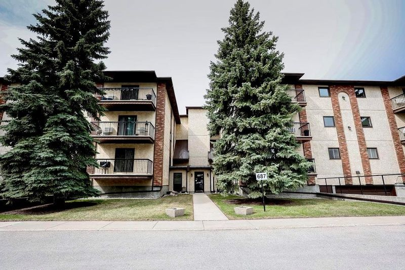 FEATURED LISTING: 305 - 687 St Anne's Road Winnipeg