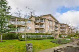 """Photo 3: 210 13733 74 Avenue in Surrey: East Newton Condo for sale in """"KINGS COURT"""" : MLS®# R2555646"""