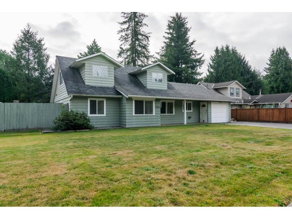Main Photo: 9058 WRIGHT Street in Langley: Fort Langley House for sale : MLS®# R2104173
