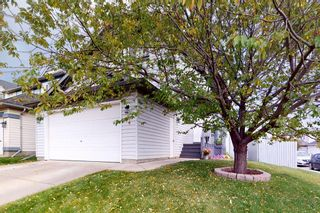 Photo 2: 24 Country Hills Gate NW in Calgary: Country Hills Detached for sale : MLS®# A1152056