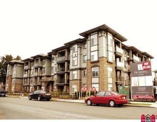 "Photo 1: 208 33338 MAYFAIR Avenue in Abbotsford: Central Abbotsford Condo for sale in ""The Sterling"" : MLS®# F2823530"