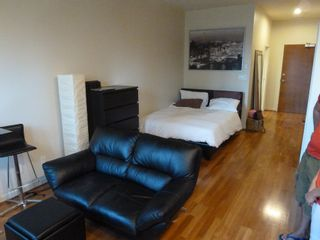 """Photo 8: 613 1333 W GEORGIA Street in Vancouver: Coal Harbour Condo for sale in """"Qube"""" (Vancouver West)  : MLS®# V1024937"""