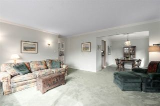 Photo 4: 2730 WALPOLE CRESCENT in North Vancouver: Blueridge NV House for sale : MLS®# R2445064