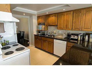 """Photo 9: 205 1180 FALCON Drive in Coquitlam: Eagle Ridge CQ Townhouse for sale in """"FALCON HEIGHTS"""" : MLS®# V1086366"""