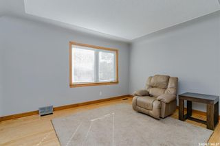 Photo 5: 211 G Avenue North in Saskatoon: Caswell Hill Residential for sale : MLS®# SK870709