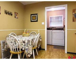 """Photo 7: 7048 188TH Street in Surrey: Clayton House for sale in """"CLAYTON"""" (Cloverdale)  : MLS®# F2701592"""