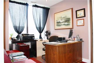 Photo 2: 5 7875 Tranmere Drive in Mississauga: Northeast Property for sale : MLS®# W3904397