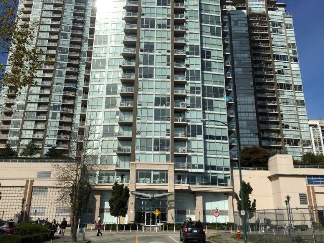Main Photo: 2708 2975 ATLANTIC AVENUE in Coquitlam: North Coquitlam Condo for sale : MLS®# R2450859