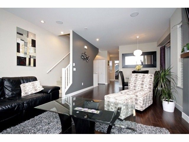 """Photo 3: Photos: 16 2929 156TH Street in Surrey: Grandview Surrey Townhouse for sale in """"TOCCATA"""" (South Surrey White Rock)  : MLS®# F1405767"""